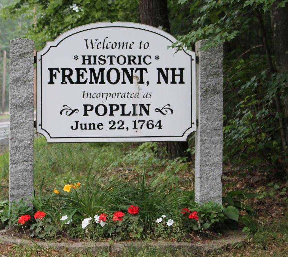 Fremont (Poplin) New Hampshire Town Welcome Sign
